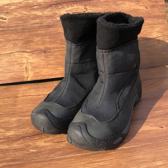 Keen Dry Women's Insulated Pull On Winter Boots 9
